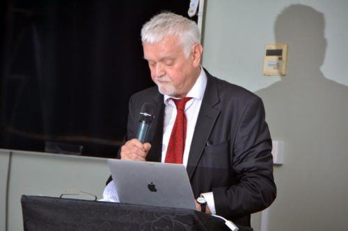 Prof. Rune Ottosen, who represented the Norwegian UNESCO Commission at the event,