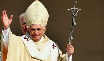 Pope Emeritus very sick, he needs prayers